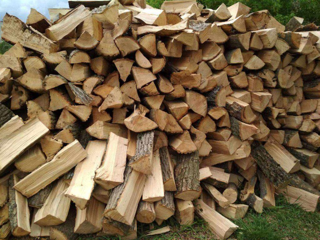 Твердопаливні дрова і торф'яні брикети