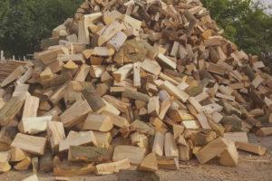 дрова насипом горохів, луцьк